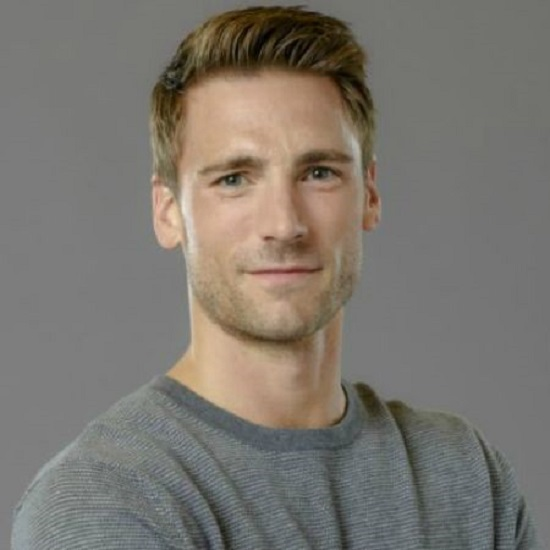 Andrew Walker Bio, Age, Wiki, Wife, Actor, TCU, Movies, Hallmark, Instagram, Net Worth, Family, Son