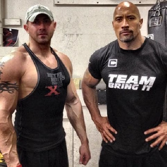 The personal trainer of Dwayne Johnson, Dave Rienzi, a body builder's blessed married life