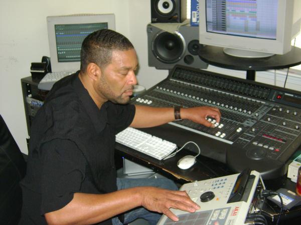 Doug Rasheed is a american hip-pop producer and artist