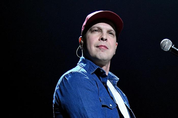 Singer Gavin DeGraw