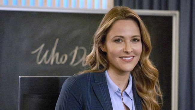 Jill-Wagner-as-Amy-on-Mystery-101