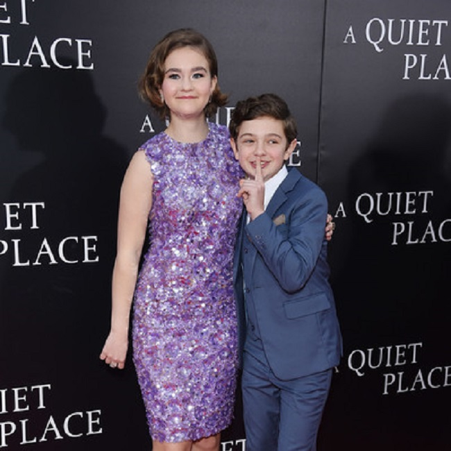 Millicent-Simmonds-Noah-Jupe