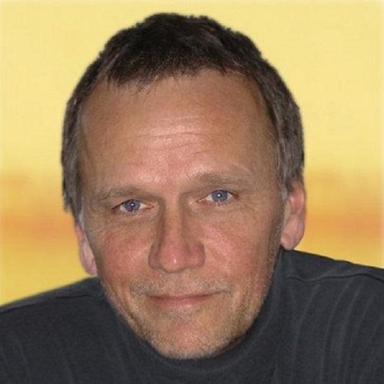 Sam Hennings