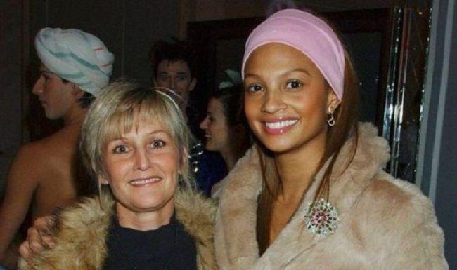 Alesha-Dixon-and-mother