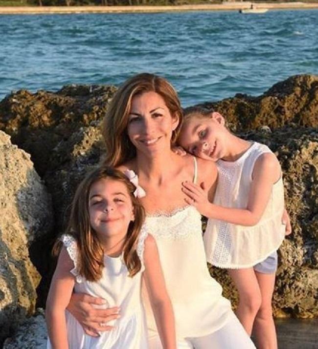 Noelle Watters with her daughters Ellie Watters and Sophie Watters