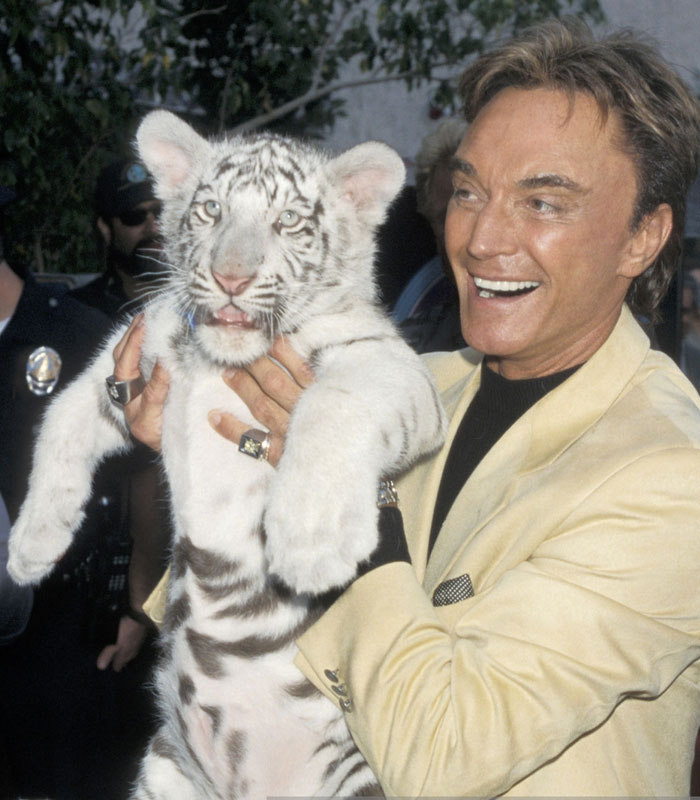 Roy Horn Of Siegfried and Roy Dies of coronavirus At Age 75