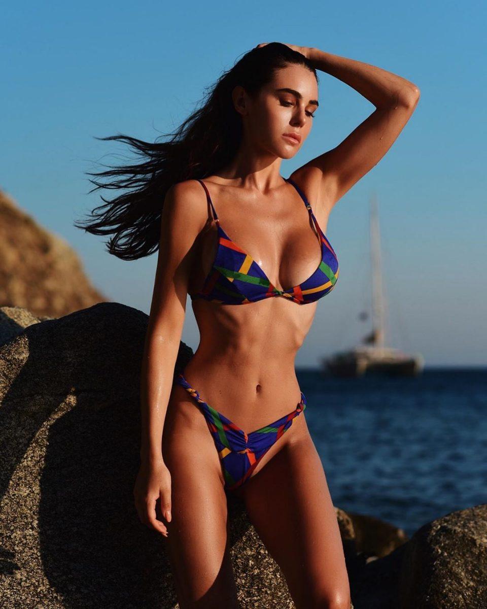 Silvia Caruso Hot Photos