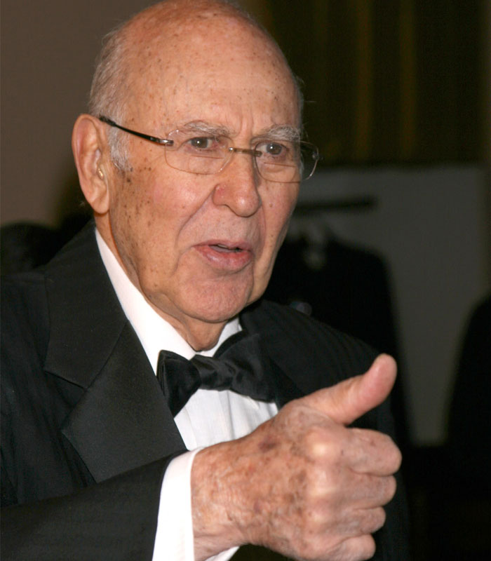 Who is Carl Reiner? Know more about carl reiner death, Family, wife and son