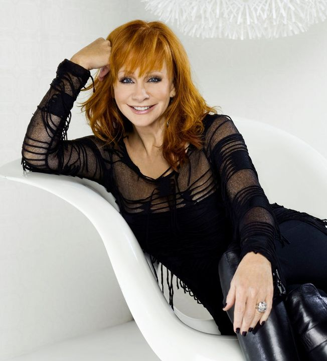 Reba McEntire height, weight antd body measurements