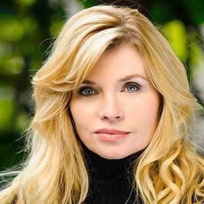 Nadine Caridi